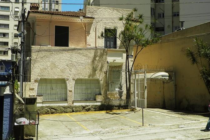 Rua Carlos Sampaio, 14