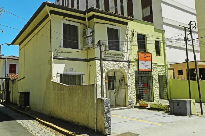 Rua Carlos Sampaio, 148 e 150