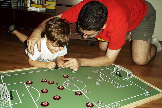 Willi joga botão