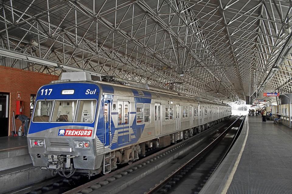 Trem na Estação São Leopoldo, da Trensurb