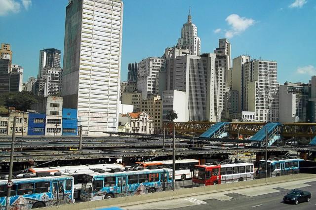 Terminal Parque Dom Pedro e Edifício do Banespa