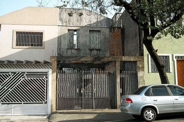 Casa na Rua Félix Guilhem, 345 ou 347