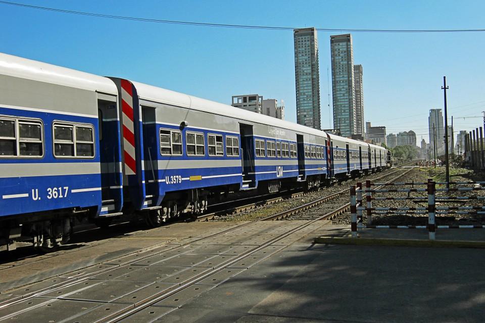 Passagem de nível na Gorriti, em Palermo, Buenos Aires