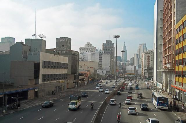 Avenida Prestes Maia, vista da Passarela das Noivas