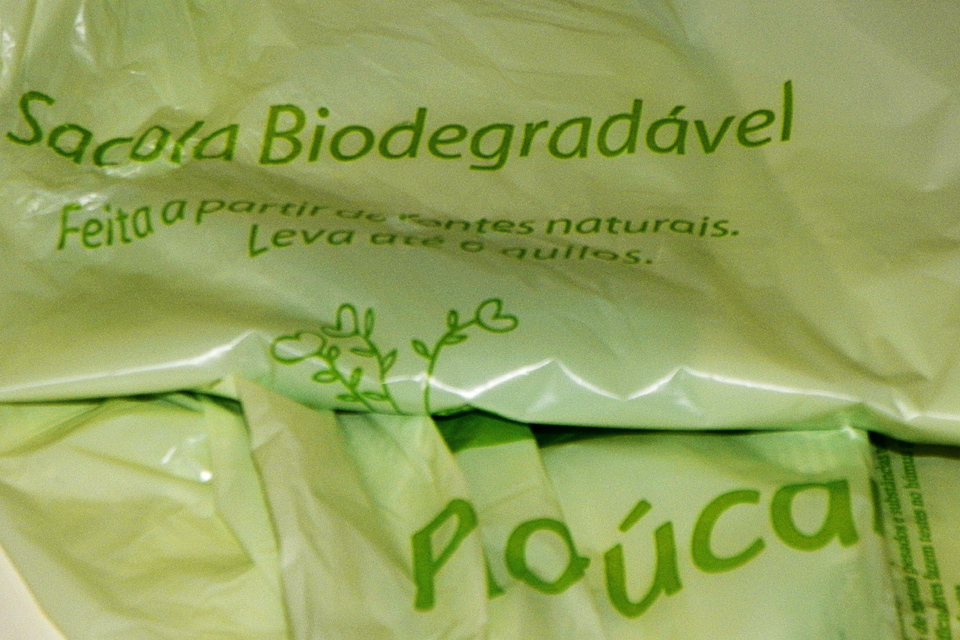 sacola-plastica-biodegradavel