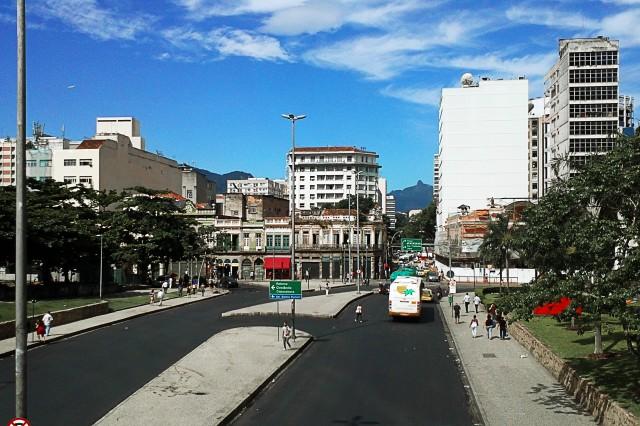 Esquina da Avenida República do Chile com Rua do Lavradio