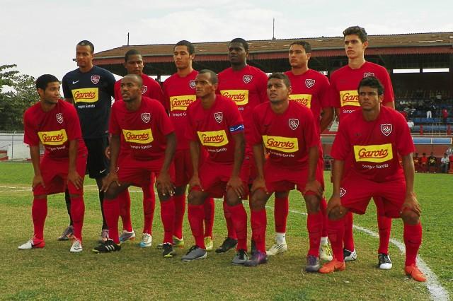 Equipe do Desportivo Brasil que enfretou o Nacional (28 de julho de 2012)