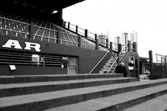 Cetale, no Estádio Nicolau Alayon, após jogo do Nacional